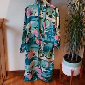 Long Kimono w/ belt // Beautiful Print!!